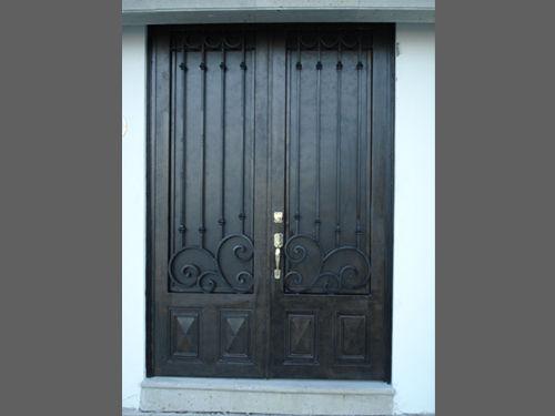 Principal forja 3 herreria y forja for Fotos de puertas principales