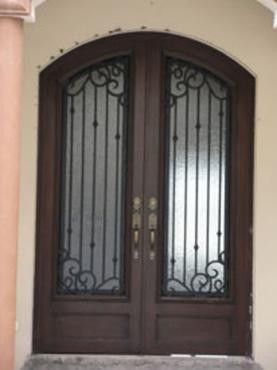 Principal forja 6 herreria y forja for Puertas minimalistas de herreria fotos