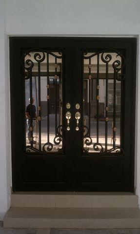 Puerta de forja antigua 101 herreria y forja - Rejas de forja antiguas ...